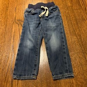 LIKE NEW GAP Pull-On Slim Jeans